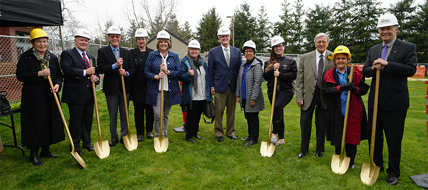 Learning Commons groundbreaking with trustees, benefactors and Governor Inslee